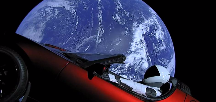 Tesla Spasex starman over earth